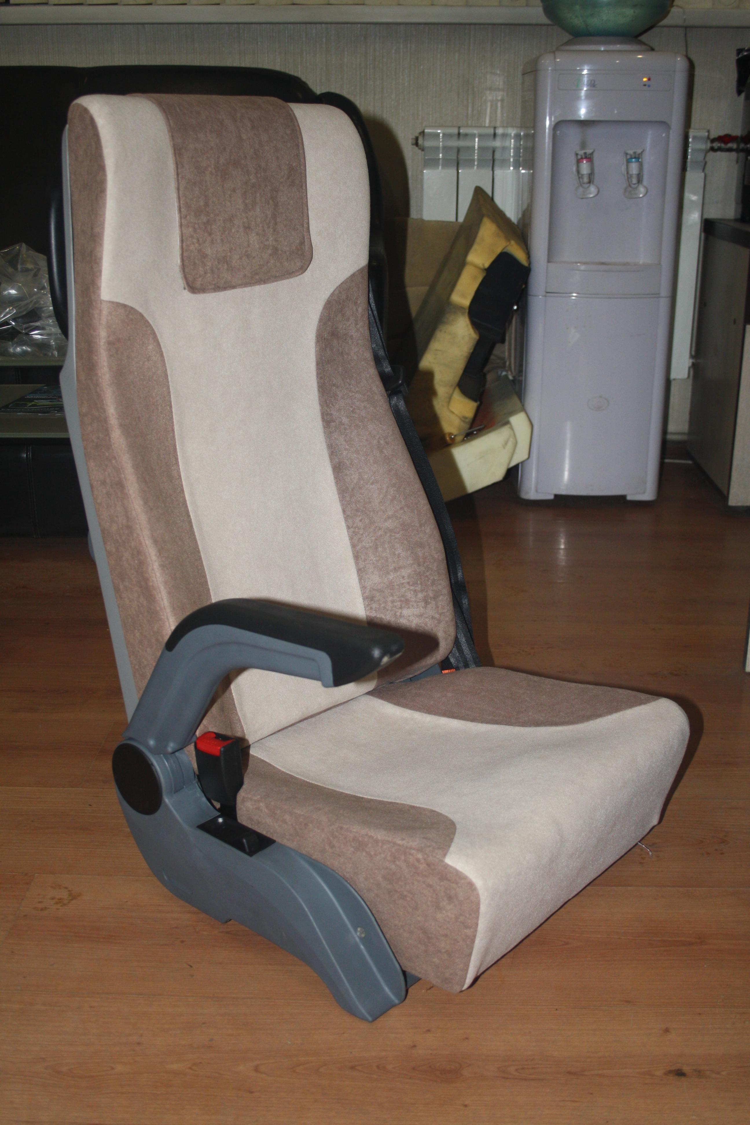 Откидной подлокотник на сиденье своими руками