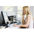 На постоянную работу требуется администратор в международную фирму