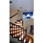 Изготовление и монтаж лестниц из дерева