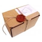 Украшение подарков сургучными печатями