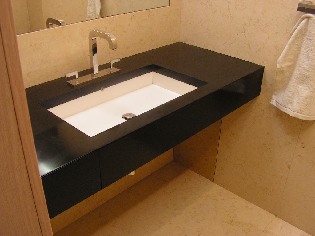 Столешницы из искусственного камня для ванной комнаты в ирку.