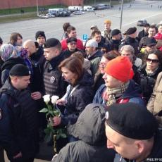 Акция на Москворецком мосту в память о Немцове (ФОТО, ВИДЕО)
